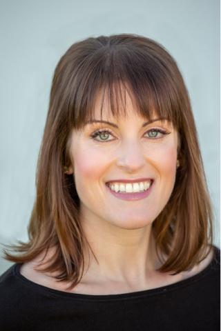 Author Meredith Essalat